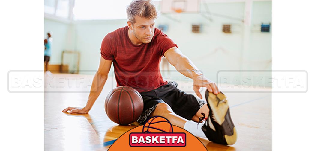 انجام حرکات کششی قبل از بازی بسکتبال